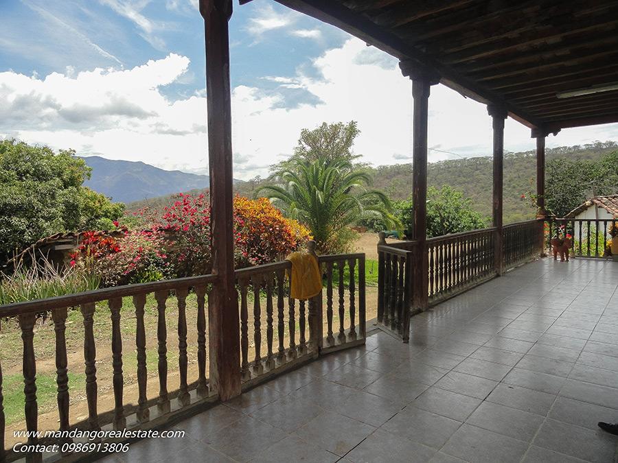 mandango real estate ecuador